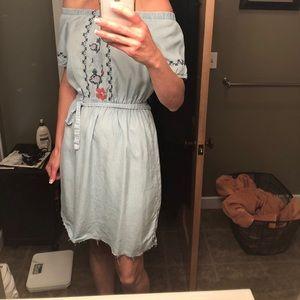 Old navey dress